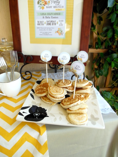 Made with Love: Mini Pancakes for Garden Party
